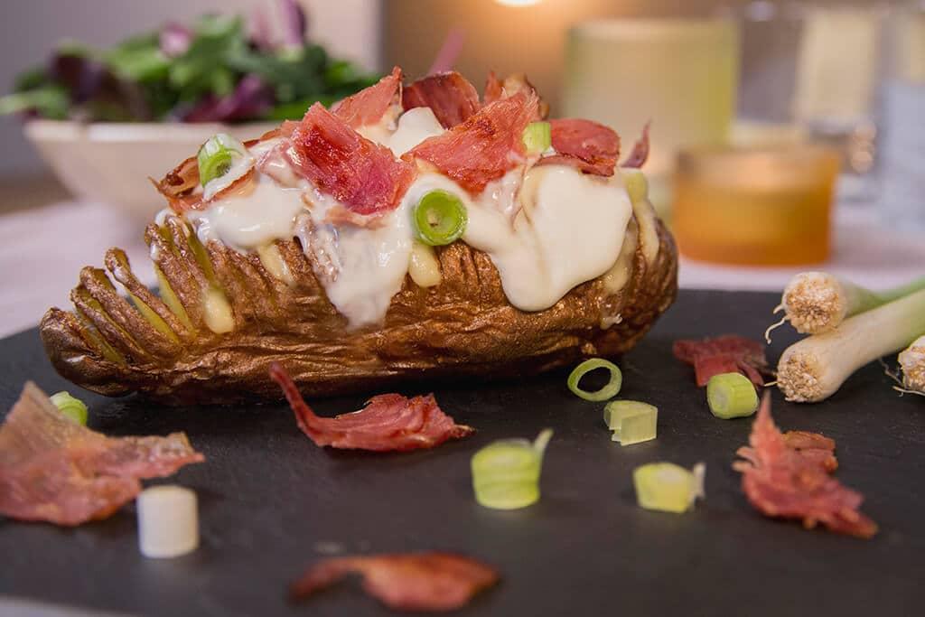 Pommes de terre Hasselback au fromage de Chimay